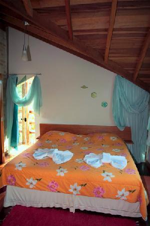 Chales Serra Azul Pinhal: bed