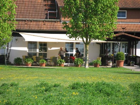 Apartments & Hotel Kurpfalzhof: Terrasse - Hotel Kurpfalzhof