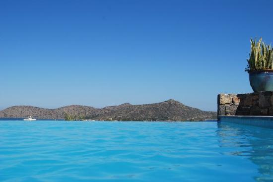 Elounda Palm Hotel : view from the private pools