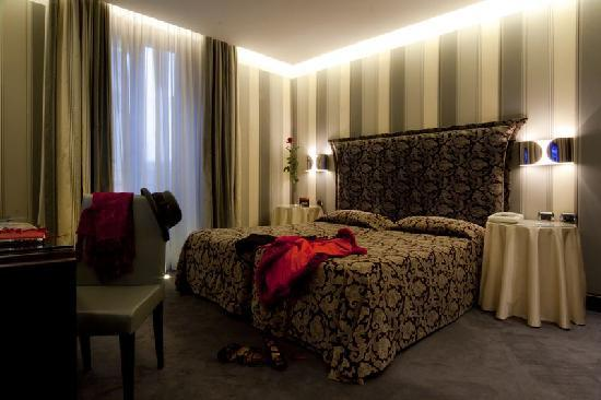 Marcella Royal Hotel: Superior Double Room