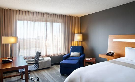 Novotel Toronto Vaughan Centre: Superior 1 King Bed