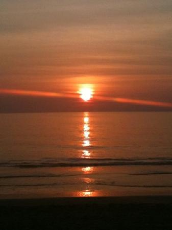 Ko Lanta, Tajlandia: Beach Lanta Nice beach resort
