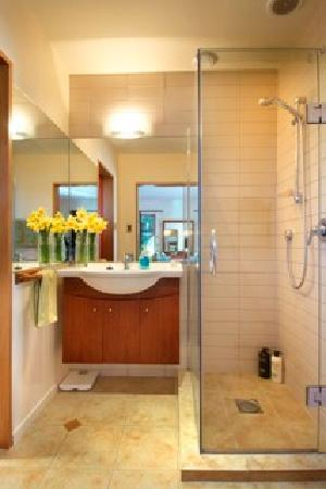 Bearsden Bed and Breakfast: Coronet View Bathroom