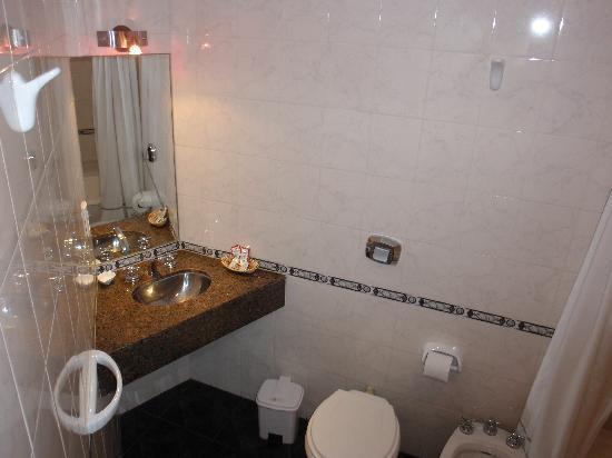Ghala Hotel: Badezimmer