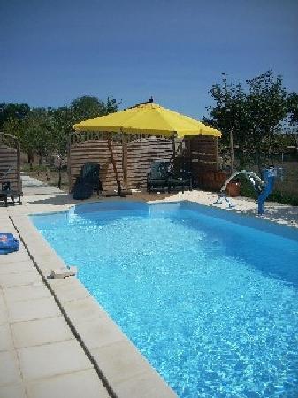 Domaine de Benauge : piscine