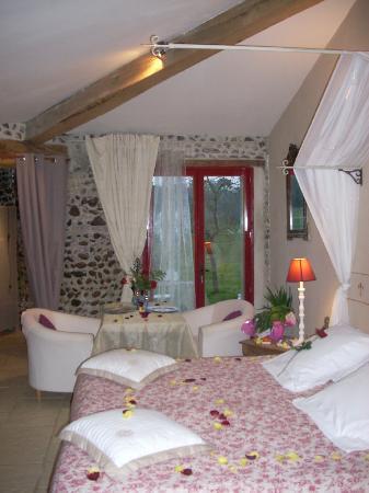 Domaine de Benauge : Chambre La Tour avec sauna