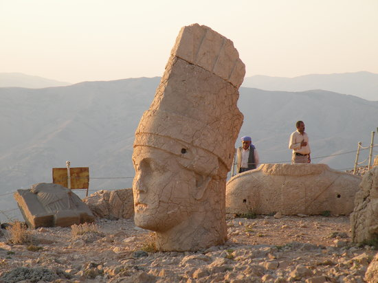 Arif Yasa - Private Tours: Mt Nemrut