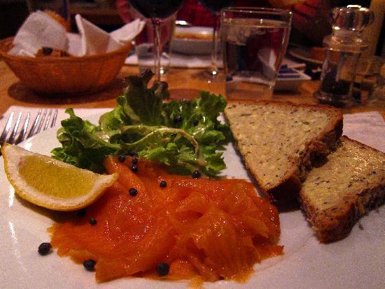 Tigh Na Leigh: smoked salmon starter