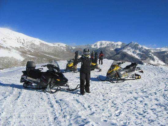 Snowmobile Adventures at Thousand Peaks: Cold but fun at 9000 feet