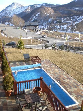 Hotel Saliecho : Vistas de la piscina desde la habitacion