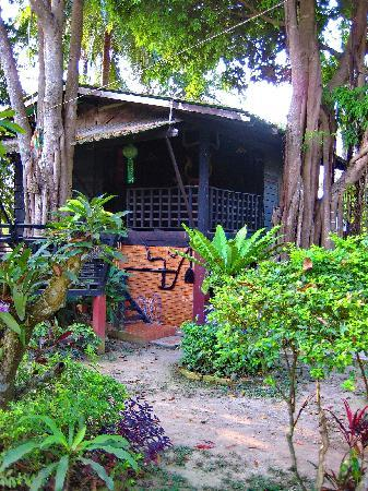 Romyen Garden Resort: Another bungalow