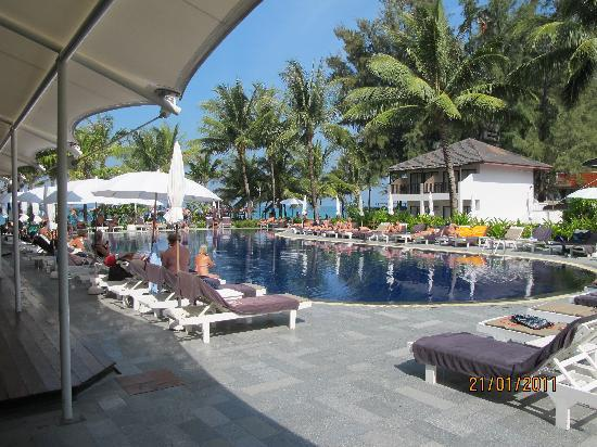Sunprime Kamala Beach Pooll In Kamala Beach Hotel