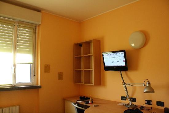 Hotel Residence Zumbini 6 : La nostra stanza (tv digitale terrestre)
