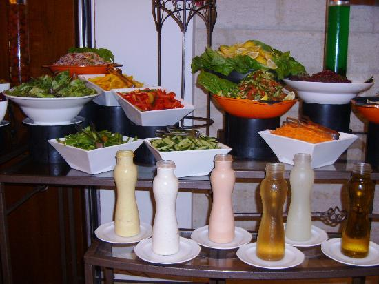 Grand Court Hotel: Salads with multiple choices of dressing