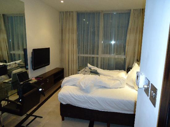Bonnington Jumeirah Lakes Towers : room 2