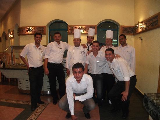Falcon Hills Hotel: Superb Staff!