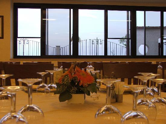 Hotel Panorama del Golfo: Sala Ristorante tipicità pugliesi