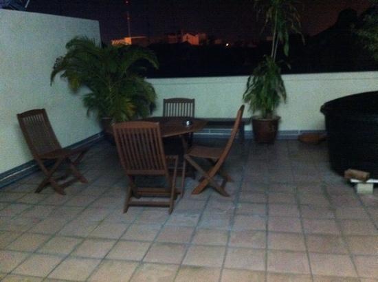 Roof Top Guest House Melaka: terrasse