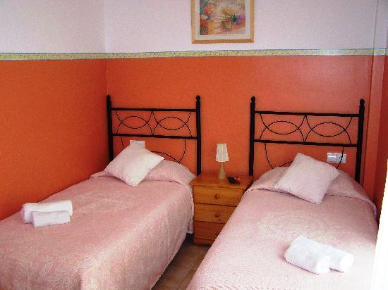 Apartamentos Mundaka: Dormitorio