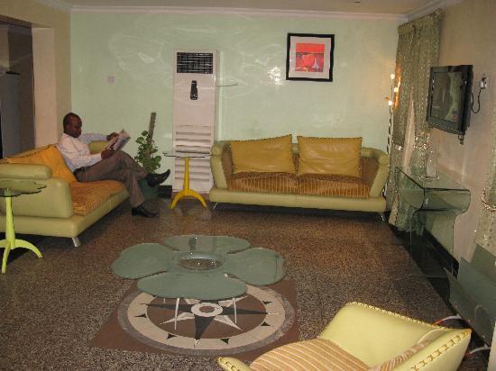 Richbeth Hotel: Lounge