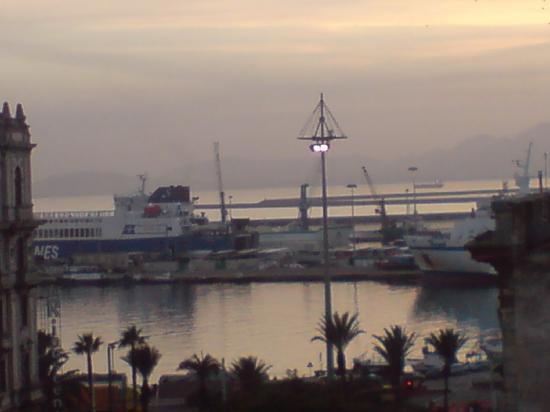 PANORAMA AL TRAMONTO - Foto di La Terrazza Sul Porto, Cagliari ...
