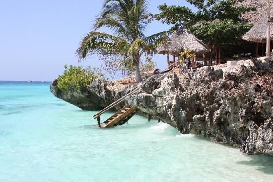 Foto Del Resort Dalla Spiaggia Ristorante In Alto A