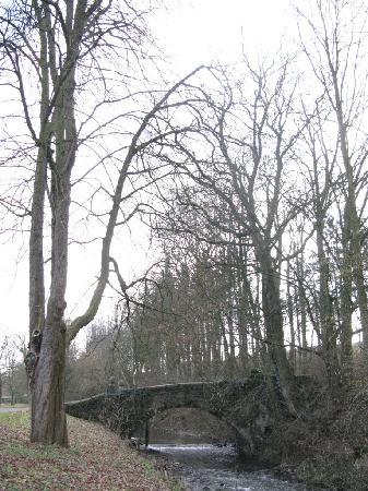 Abbaye de Val-Dieu : Brücke über die Berwinne