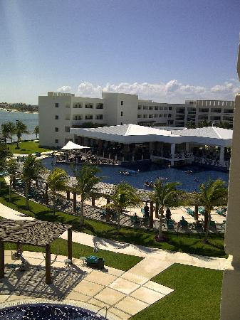 Secrets Silversands Riviera Cancun: beautiful resort!