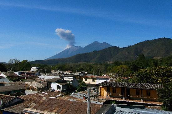 Posada La Merced Antigua: Volcanoes Fuego & Acatenango from roof top