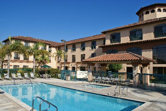 Hampton Inn & Suites Camarillo: Pool and Spa