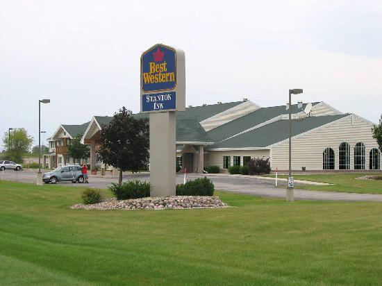 BEST WESTERN Stanton Inn: Hotel Exterior