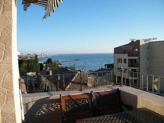 Hotel Voila: View from hotel restaurant