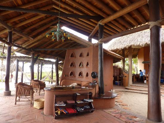 Playa Viva: Communal sitting area