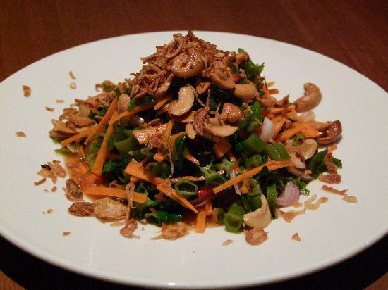 Chanya Restaurant: Chanya Salad