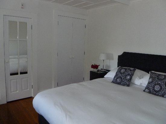 The Old Oak Boutique Hotel: Old Oak bedroom