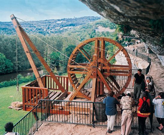 Roque Saint-Christophe : Treuil à tambour