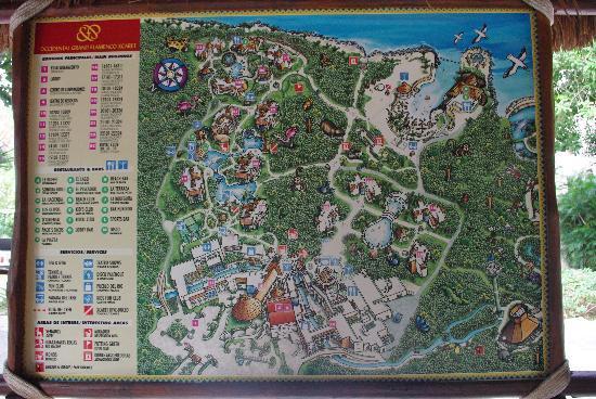 Occidental at Xcaret Destination: Le plan du resort....immense! Un petit kart passe aux 15 minutes pour vous amener où vous voulez