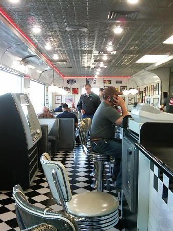 Penny's Diner: Inside view.