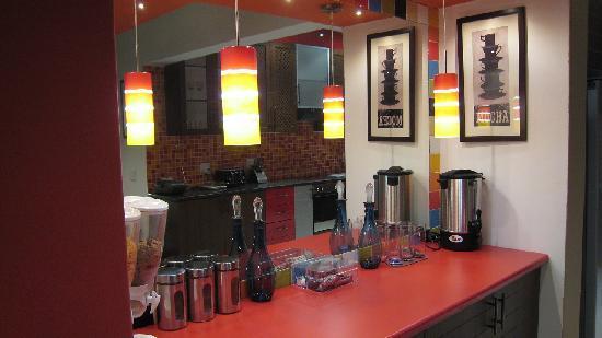 Grand View B&B: Tea/Coffee Counter