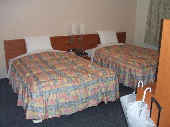 Hotel Kanazawa: ベッドルームも広々