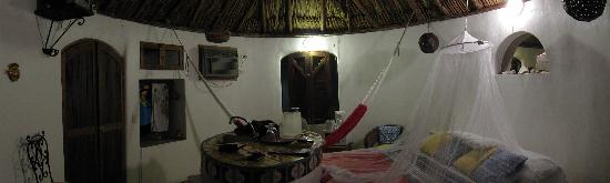 Amaranto Bed and Breakfast: Inside a bungalow