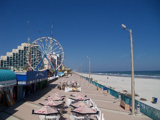 Hilton Daytona Beach Oceanfront Resort Hotel In Distance From Boardwalk