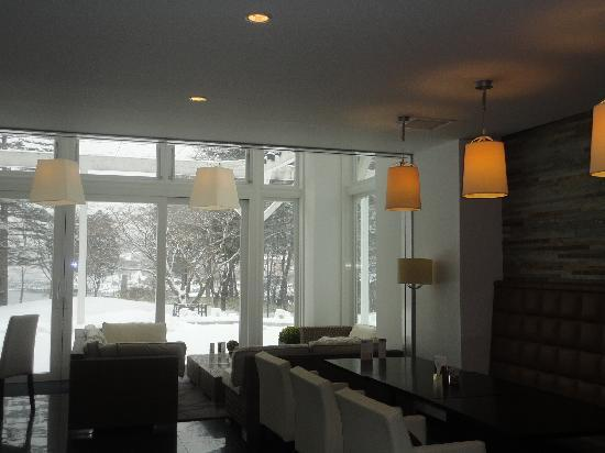 Nikko Lakeside Hotel: 雪が見えるラウンジ