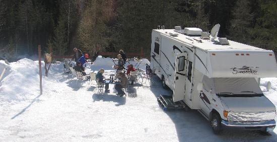 Camping caravaneige Les Lanchettes : camping-car hiver