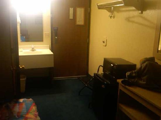Motel 6 Gillette: Stay somwhere else