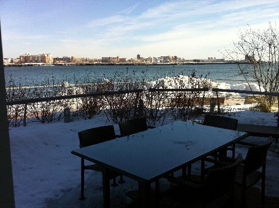 Battery Wharf Hotel, Boston Waterfront: Eliot Suite Patio