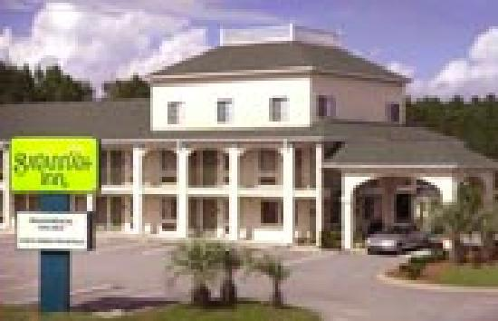 Savannah Inn: Easy in/out lodging with access to I-95 South/North Exit 109 GA