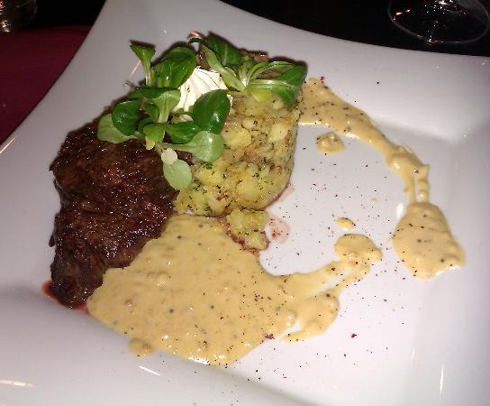 Grandhotel Brno: Steak Dinner