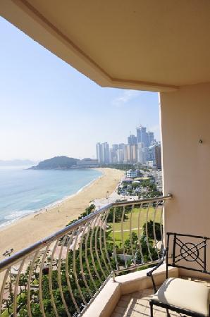 Paradise Hotel Busan : Blick vom Balkon