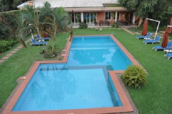 Urban by CityBlue Kampala, Uganda: The lovely courtyard and pool